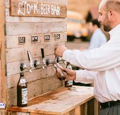 Origineel idee voor de mannen (en van bier houdende vrouwen natuurlijk) is een bierbar en ideaal wanneer je een buitenlocatie hebt. Met een beetje handigheid heb je ook dit zo gemaakt en het ziet er nog ontzettend stoer uit!