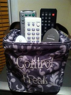 Remote organizer Thirty-One Littles Carry-All Caddy Thirty One Uses, My Thirty One, Thirty One Gifts, Thirty-one Taschen, Thirty One Catalog, Thirty One Organization, Organization Ideas, Organizing Solutions, Organizing Tips