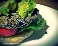 Hamburguesas veganas de frijoles negros - Hamburger vegan di fagioli neri ~ La Hoja de Albahaca