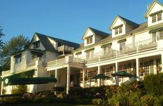 Spruce Point Inn Resort and Spa in Boothbay Harbor, Maine  #marryinmaine  papiermaine.com
