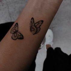 Red Tattoos, Baby Tattoos, Badass Tattoos, Little Tattoos, Feather Tattoos, Mini Tattoos, Body Art Tattoos, Tatoos, Cool Finger Tattoos