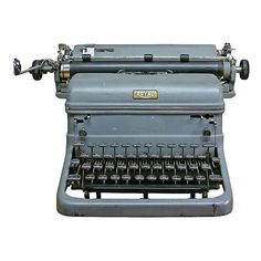 1940s Royal Typewriter ($199) ❤ liked on Polyvore featuring home, home decor, fillers, decor, electronics, items, vintage, vintage home decor, grey home decor and gray home decor