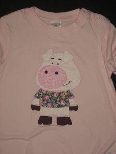 camiseta con aplicación de porquiño