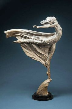 Quent Cordair Fine Art Gallery makes it easy to buy fine art online or in our Napa store. We offer the finest in romantic realism. Statues, Statue Ange, Art Sculpture, Clay Sculptures, Sculpture Ideas, Contemporary Abstract Art, Amazing Art, Art Dolls, Art Nouveau