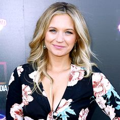 Pretty Little Liars' Vanessa Ray: I Didn't Find Out I Was A Until June - Us Weekly