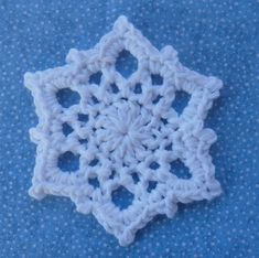 Snowflake coaster or ornament... Free pattern!