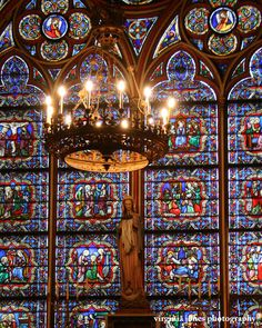 ~Cathèdrale Notre Dame de Paris~great stained glass in these arches