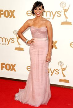 Rashida Jones looked stunning in the Alberta Ferreti gown she wore to the 2011 Emmy Awards