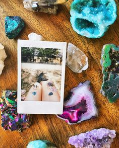 after receiving so many breathtaking crystals this weekend I think my collection is slowly turning into a slight obsession . . . . . #crystals #healingcrystals #chakra #gemstones #lib #lightninginabottle #libfestival #beautiful #gypsy #flowerchild #bohemian #boho #polaroid  by mackenzi.rae