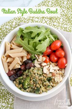 This easy to make Italian Style Buddha Bowl is a protein packed, family pleasing weeknight dinner idea. : Featured Post on Turn it up Tuesdays Healthy Slow Cooker, Slow Cooker Recipes, Quick Easy Meals, Healthy Dinner Recipes, Delicious Recipes, Vegetarian Recipes, Tasty, Protein, Buddha Bowl