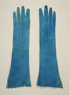 loving the blue, gloves  early 19th c.  leather  european