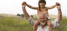 Avós e netos podem proteger a saúde mental uns dos outros   Ciência Online - Saúde, Tecnologia, Ciência