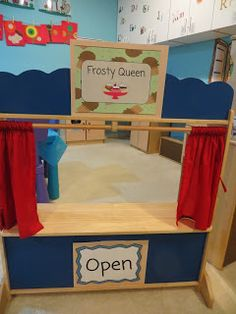 Scoop up some sweet, cool fun (and learning too!) with this ice cream parlor dramatic play center! Preschoolers love it! Dramatic Play Themes, Dramatic Play Centers, Ice Cream Dishes, Ice Cream Parlor, Play Centre, Play To Learn, Pretend Play, Early Childhood