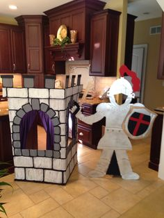 VBS Kingdom rock Photo op knight and castle Truck Or Treat, Castle Crafts, Castle Party, Fair Theme, Library Themes, Lego Knights, Knight Party, Holiday Club, Dragon Party