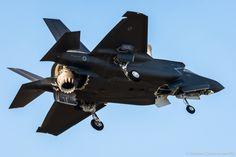 https://flic.kr/p/ZWBze1 | GIO_6418 | BL-1 : The first Italian Lockheed Martin F-35B Lightning II STOVL - MM7451 (Courtesy G. Clemente)