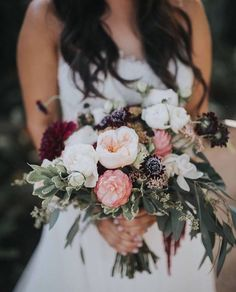 Bohemian inspired wedding bouquet by Teresa Sena Design - photo by Victoria and Scott Photography