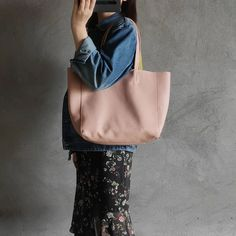 Fashion Womens Pink Leather Oversize Tote Bag Pink Shoulder Tote Bag Pink Handbag Tote For Women Pink Handbags, Tote Handbags, Tote Bags, Pink Leather, Leather Totes, Women Boxing, Pink Ladies, Beach Bags, Shoulder Bag