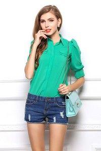 Зеленая рубашка с двойными ложными карманами