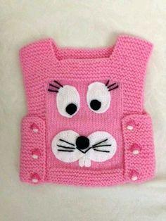 yandan düğmeli köpek desenli örgü yelek modeli maravillas hacen con sus manos felicitaciones a todos los que nos deleitan con este arte Baby Hats Knitting, Sweater Knitting Patterns, Knitting For Kids, Crochet For Kids, Knitting Stitches, Knitting Designs, Knitted Hats, Knit Crochet, Crochet Patterns
