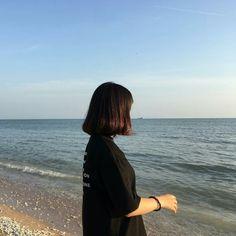 Pelo Ulzzang, Ulzzang Korean Girl, Aesthetic Photo, Aesthetic Girl, Aesthetic Pictures, Ft Tumblr, Tumblr Girls, Tumblr Photography, Photography Poses