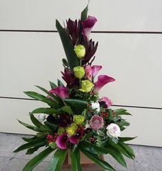 Church Flower Arrangements, Church Flowers, Floral Arrangements, Centerpieces, Table Decorations, Arte Floral, Ikebana, Fresh Flowers, Fabric Flowers