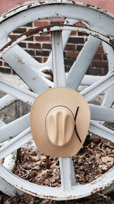 fe2a83c3751cd4 This breathable, straw western is the perfect topper to your western look! It  features