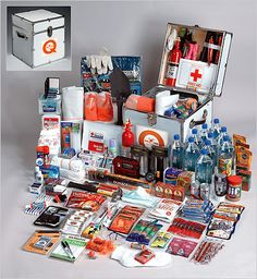 Survival kit for the zombies Camping Survival, Survival Prepping, Survival Gear, Survival Skills, Survival Hacks, Survival Stuff, Survival Equipment, Wilderness Survival, Camping Equipment