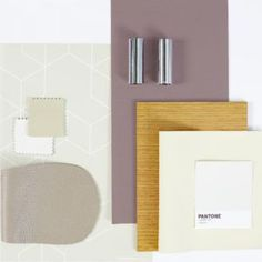 Last month Dulux announced their Colour of the Year for Welcome, Heartwood. We show you how to work this colour into your own interior style. White Oak Dining Table, Hallway Colours, Dulux Bedroom Colours, Dulux Paint, Monochrome Interior, Bold Wallpaper, Interiors Magazine, 2018 Color, Colour Schemes