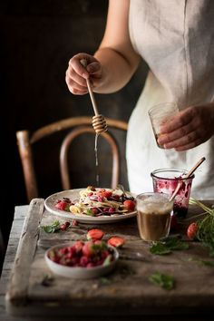 Food Photography & Styling Inspiration | Crêpes dolci con frutta fresca | Smile, Beauty and More