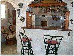 Vista de la cocina desde el salón del apartamento. Cuba, Havana, Shelves, Furniture, Home Decor, Apartments, Cooking, Shelving, Decoration Home