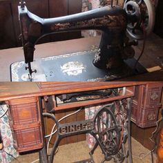 """Vintage Singer sewing table with machine; measures 29 x 36 x 19"""". bids close Wed, 17 Aug from 11am ET. http://bid.cannonsauctions.com/cgi-bin/mnlist.cgi?redbird48/109"""