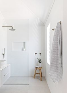 Home Interior Diy .Home Interior Diy Bathroom Interior Design, Living Room Interior, Interior Decorating, Interior Livingroom, Bad Inspiration, Bathroom Inspiration, Bathroom Inspo, Bathroom Goals, Bathroom Beach