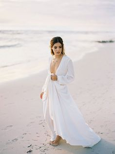 KATIE GRANT STYLED SHOOT // #bride #houghton #white #dress #sleeves #thebridalatelier #gown #bridal #dress #inspiration #hair #makeup #beach #photographer