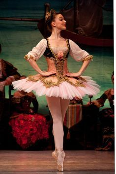 Inspiration for Marzipan for Nutcracker Ballet. Love the intricate trims and color designs. Perfect and beautiful fit tutu Tutu Ballet, Ballerina Dancing, Ballet Dancers, Ballerinas, Costumes Avec Tutu, Dance Costumes, Shall We Dance, Boris Vallejo, Beautiful Costumes