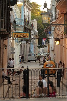 C/ Empedrado by nachik, via Flickr