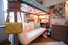 Kind of a good idea for the bedroom. Bunk bed with a couch bottom. Good for chills and sleepovers