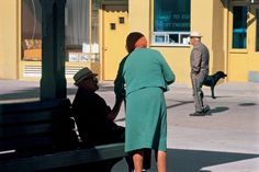 Magnum Photos - Elliott Erwitt Ver perfil EE.UU. Los Angeles. 1966.