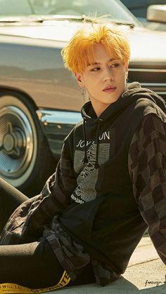 Yellow hair, don't care Got7 Yugyeom, Youngjae, Mark Jackson, Jackson Wang, Jaebum, Girls Girls Girls, Street Dance, Jinyoung, Got7 Aesthetic