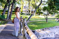 Spring outfit, wide leg trousers and accessories