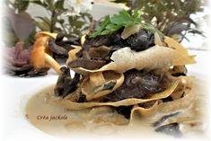 mille feuilles aux Champignons des bois Tacos, Mad, Stuffed Mushrooms, Vegetables, Ethnic Recipes, Mushroom Recipe, Fine Dining, Food, Recipes