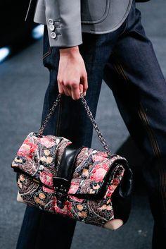 Louis Vuitton Pret A Porter S/S 2015 Pasarela Paris