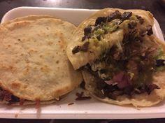 Tacos de carne asada  Mulitas
