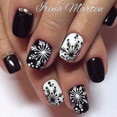 Elegant Black And White Nail Art Designs You Need To Try; Elegant Black And White Nail Art Designs; Elegant Black And White Nail; Black And White Nail; Black And White Nail Art Designs; Christmas Nail Art Designs, Holiday Nail Art, Winter Nail Designs, Winter Nail Art, Winter Nails, Christmas Design, Xmas Nail Art, Xmas Nails, Christmas Nails