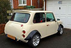 Custom Mini Classic Mini, Classic Cars, Mini Copper, Morris Minor, Car Memes, Audi Rs, Smart Car, Mini S, Mini Things