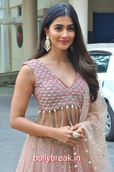 Pooja Hegde Hot Pics from Sakshyam Movie Motion Poster Launch Bollywood Actress Hot Photos, Bollywood Girls, Bollywood Stars, Indian Celebrities, Bollywood Celebrities, Most Beautiful Indian Actress, Beautiful Actresses, Princesa Indiana, South Indian Actress