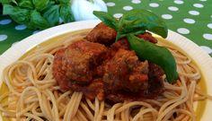 Kjøttbollesaus Frisk, Bolognese, Tapas, Spaghetti, Pasta, Ethnic Recipes, Food, Lasagna, Eten