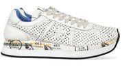 Beige/Witte Premiata schoenen Conny sneakers