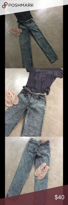 """Vintage  buttonfly acid wash Levis From the 80's these are a very cool pale green and gray acid wash, original high waisted and in great condition. Waist measures 27"""" and length 31.25"""" Vintage Levis Jeans Straight Leg"""