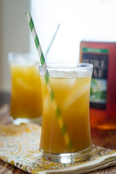 PINEAPPLE GINGER ICED TEA RECIPE can be made with black tea. It is unsweetened except for the fresh pineapple.