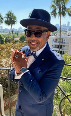 Giancarlo Esposito from Go Behind-the-Scenes of the 2021 Emmys With Your Favorite Stars on E! Online Vanessa Bayer, Aidy Bryant, Carolina Herrera Dresses, America Ferrera, See You Soon, The Emmys, Anya Taylor Joy, Mandy Moore, Star Party
